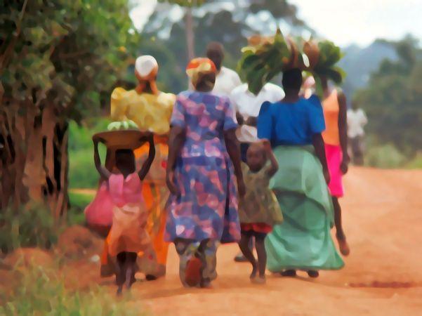 Über Evi - Buntes Africa